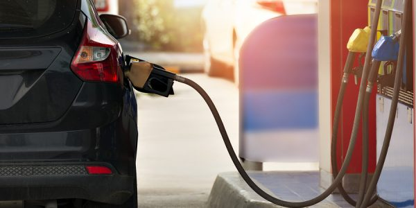 Gasolineras low cost, ¿es fiable el combustible barato?