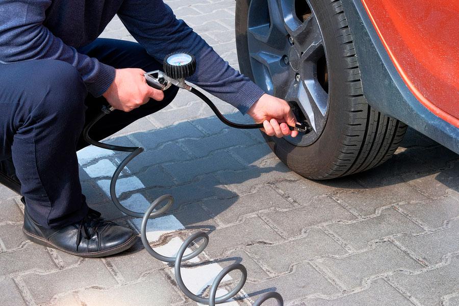 4 formas de cuidar tus neumáticos en verano